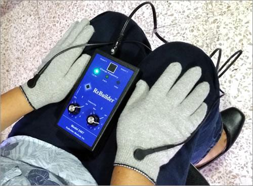 uso de guantes conductores con rebuilder